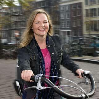 coach Karen Amsterdam