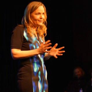 Karen Walthuis